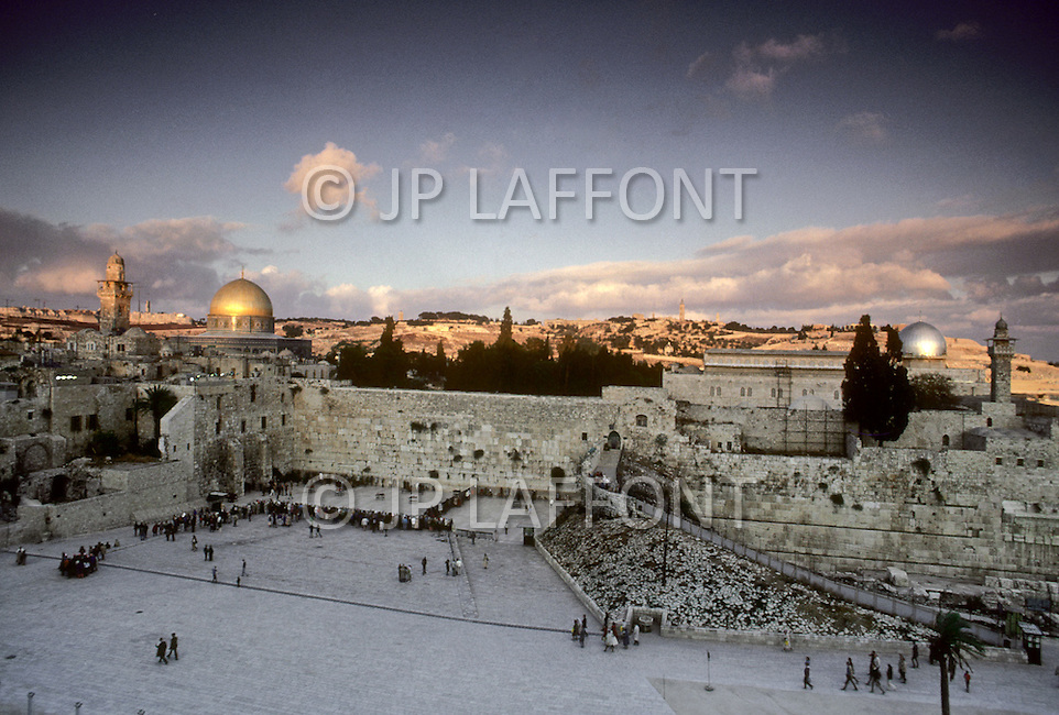 Jerusalem, Israel, November, 1980. General view of the Wailing Wall and the Dome of the Rock.