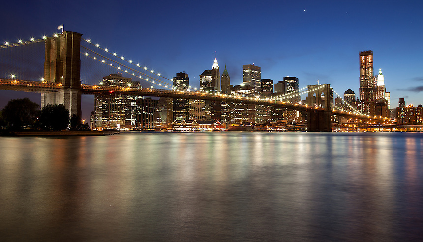 Brooklyn Bridge and New York Skyline at night