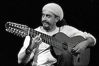 Egberto Gismonti, brasilian musician, playing in Porto