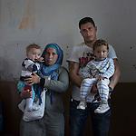 16 septiembre 2015. Melilla <br /> Batuja y Faruk son hermanos y refugiados sirios. El marido de ella est&aacute; en Turqu&iacute;a muy enfermo y la mujer de &eacute;l en Siria. Los hermanos y sus hijos de corta edad permanecen en el Centro de Estancia Temporal de Inmigrantes (Ceti). La ONG Save the Children exige al Gobierno espa&ntilde;ol que tome un papel activo en la crisis de refugiados y facilite el acceso de estas familias a trav&eacute;s de la expedici&oacute;n de visados humanitarios en el consulado espa&ntilde;ol de Nador. Save the Children ha comprobado adem&aacute;s c&oacute;mo muchas de estas familias se han visto forzadas a separarse porque, en el momento del cierre de la frontera, unos miembros se han quedado en un lado o en el otro. Para poder cruzar el control, las mafias se aprovechan de la desesperaci&oacute;n de los sirios y les ofrecen pasaportes marroqu&iacute;es al precio de 1.000 euros. Diversas familias han explicado a Save the Children c&oacute;mo est&aacute;n endeudadas y han tenido que elegir qui&eacute;n pasa primero de sus miembros a Melilla, dejando a otros en Nador.  &copy; Save the Children Handout/PEDRO ARMESTRE - No ventas -No Archivos - Uso editorial solamente - Uso libre solamente para 14 d&iacute;as despu&eacute;s de liberaci&oacute;n. Foto proporcionada por SAVE THE CHILDREN, uso solamente para ilustrar noticias o comentarios sobre los hechos o eventos representados en esta imagen.<br /> Save the Children Handout/ PEDRO ARMESTRE - No sales - No Archives - Editorial Use Only - Free use only for 14 days after release. Photo provided by SAVE THE CHILDREN, distributed handout photo to be used only to illustrate news reporting or commentary on the facts or events depicted in this image.
