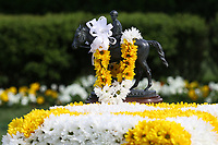 HOT SPRINGS, AR - April 14: The blanket of flowers for the winner sits in the winners' circle before the Fantasy Stakes at Oaklawn Park on April 14, 2017 in Hot Springs, AR. (Photo by Ciara Bowen/Eclipse Sportswire/Getty Images)