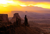 Morning Light Streamers, Canyonlands National Park, Utah     Washerwoman Spire,  La Sal Mountains, White Rm