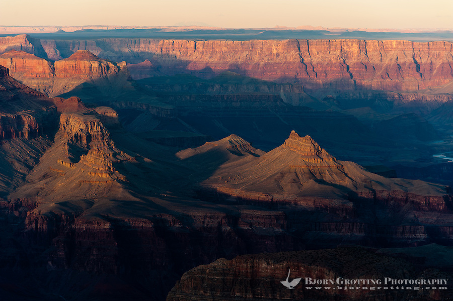 United States, Arizona, Grand Canyon. Sunset at Lipan Point with views over Seventyfive Mile Creek, Escalante Butte and the Unkar Creek delta.