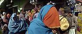 Haridwar 12.02.2010 India..The Maha (Great) Kumbh Mela in Haridwar. Pilgrims and Sadhus in great number from around India visit here to bath at the banks of the river Ganges. They belive that a holy dip in sacred river during Maha Kumbh takes human out of the circle of life and death..photo Maciej Jeziorek/Napoimages..Haridwar 12.02.2010 Indie.Kumbh Mela ( Swieto Dzbana ). Pielgrzymi i Sadhu ( Swieci - hinduscy wedrowni asceci) przybywaja tu zanurzyc sie w Gangesie. Wierza oni, ze pozwoli im to wyrwac sie z cyklu narodzin i smierci..fot. Maciej Jeziorek/Napoimages.