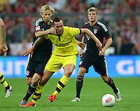 FUSSBALL   1. BUNDESLIGA   SAISON 2012/2013   SUPERCUP FC Bayern Muenchen - Borussia Dortmund            12.08.2012 Anatoliy Tymoshchuk  (li, FC Bayern Muenchen) gegen Julian Schieber (Borussia Dortmund)