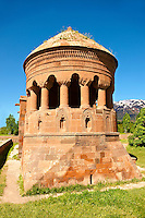Bayindir Mosque Prayer room. Built in 1492 as the tomb of Turcoman chief Bayindir. Ahlat, Lake Van, Turkey 1