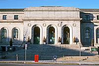St. Louis: Central Public Library, 1912. Cass Gilbert, Architect. Photo '77.