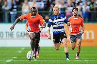 Vereniki Goneva of Newcastle Falcons and Tom Homer of Bath Rugby chase after the ball. Aviva Premiership match, between Bath Rugby and Newcastle Falcons on September 10, 2016 at the Recreation Ground in Bath, England. Photo by: Patrick Khachfe / Onside Images