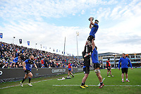 Guy Mercer of Bath Rugby wins the ball at a lineout during the pre-match warm-up. European Rugby Champions Cup match, between Bath Rugby and RC Toulon on January 23, 2016 at the Recreation Ground in Bath, England. Photo by: Patrick Khachfe / Onside Images