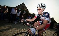 E3 Prijs Harelbeke 2012.Gert Dockx up on the Paterberg