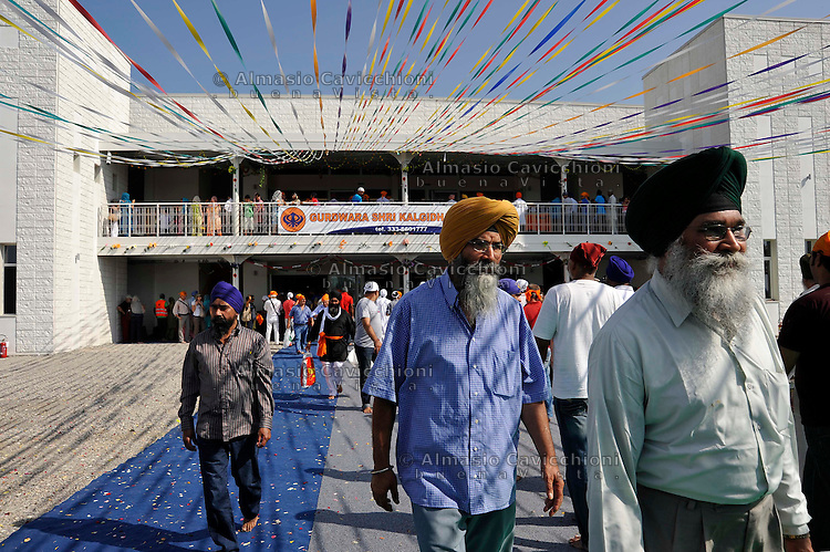 21 Agosto 2011, Pessina Cremonese: festa di inaugurazione del piu' grande luogo di culto  in Italia della comunita' SIKH .August 21, 2011 Pessina Cremonese, Cremona Italy: opening ceremony of the largest place of worship in  Italy for the SIKH community.