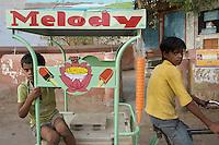 Ice Cream sales-children - Bikaner, India