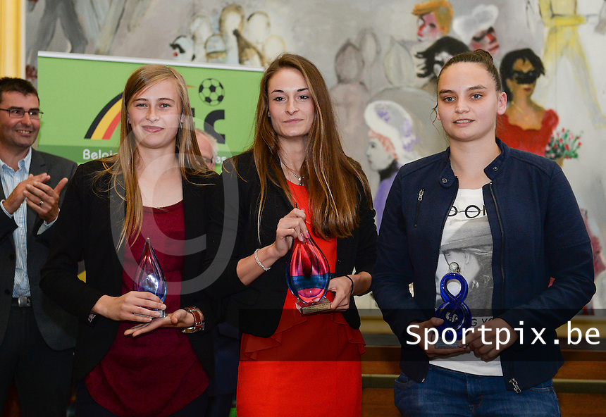 20150529 – OOSTENDE , BELGIUM : Julie Biesmans (best Promising) , Tessa Wullaert (best player) and Nicky Evrard (best goalkeeper)  pictured during  the 1st edition of the Sparkle  award ceremony , Friday 29 May 2015, in Oostende . The Sparkle  is an award for the best female soccer player during the season 2014-2015 comparable to the Golden Shoe / Gouden Schoen / Soulier D'or for Men . PHOTO DAVID CATRY