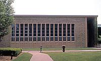 Eliel Saarinen: Cranbrook Academy of Art. North facing west (Library) wing. To east, the Museum. Photo '97.