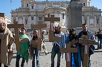 Roma  15 Ottobre 2011.Manifestazione contro la crisi e l'austerità.Scontri tra manifestanti e forze dell'ordine.