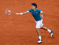 Roger Federer (SUI) (1) against Robin Soderling (SWE) (1) in the quarter finals of the men's singles. Robin Soderling beat Roger Federer 3-6 6-3 7-5 6-4..Tennis - French Open - Day 10 - Tue 1 June 2010 - Roland Garros - Paris - France..© CameraSport-MIKE FREY - 43 Linden Ave. Countesthorpe. Leicester. England. LE8 5PG - Tel: +44 (0) 116 277 4147 - admin@camerasport.com - www.camerasport.com