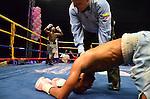 La contienda de la rama femenina fue la encargada de abrir la noche, Diana Ayala y Angie Vargas subieron al ring a protagonizar la pelea pactada a 6 asaltos en las 130 libras. Ayala venci&oacute; por decisi&oacute;n un&aacute;nime a Angie Vargas.<br /> <br /> En la segunda pelea de la noche Luis Melendez venci&oacute; por nocaut t&eacute;cnico a Orlen Padilla. El combate que fue pactado a 8 asaltos en las 122 libras finaliz&oacute; en el segundo round.<br /> <br /> En el pleito firmado en las 180 libras a 8 episodios, Celso Pinz&oacute;n noque&oacute; a Manuel Banquez en el tercer round.<br /> <br /> Alex Theran, en su regreso al ring venci&oacute; al antioque&ntilde;o Jonathan Ricar, quien al iniciar el sexto asalto no quiso ir m&aacute;s al centro del ring, en combate que fue firmado a 10 episodios en el peso medio.<br /> <br /> La pelea pactada por el t&iacute;tulo Fecarbox de peso pluma del CMB, culmin&oacute; a favor del hondure&ntilde;o Josec Ruiz, quien noque&oacute; en el s&eacute;ptimo asalto al colombiano Jailer Pacheco.<br /> <br /> En la contienda estelar de la noche Jose Luis Prieto venci&oacute; por decisi&oacute;n un&aacute;nime a Luis Florez con carteles de 93-96, 94-95 y 93-96.