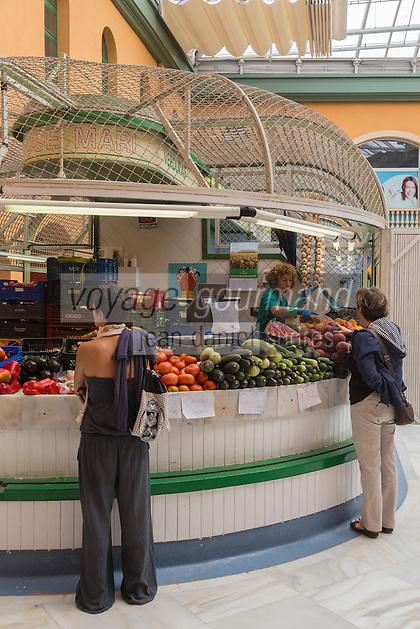Espagne, Navarre, Pampelune, Marché de Santo Domingo dans la vieille ville // Espagne, Navarre, Pamplona, Santo Domingo Market in the old town