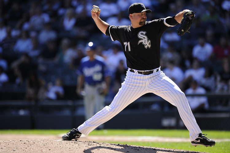 CHICAGO - SEPTEMBER 12:  Scott Linebrink #71 of the Chicago White Sox pitches against the Kansas City Royals on September 12, 2010 at U.S. Cellular Field in Chicago, Illinois.  The White Sox defeated the Royals 12-6.  (Photo by Ron Vesely)