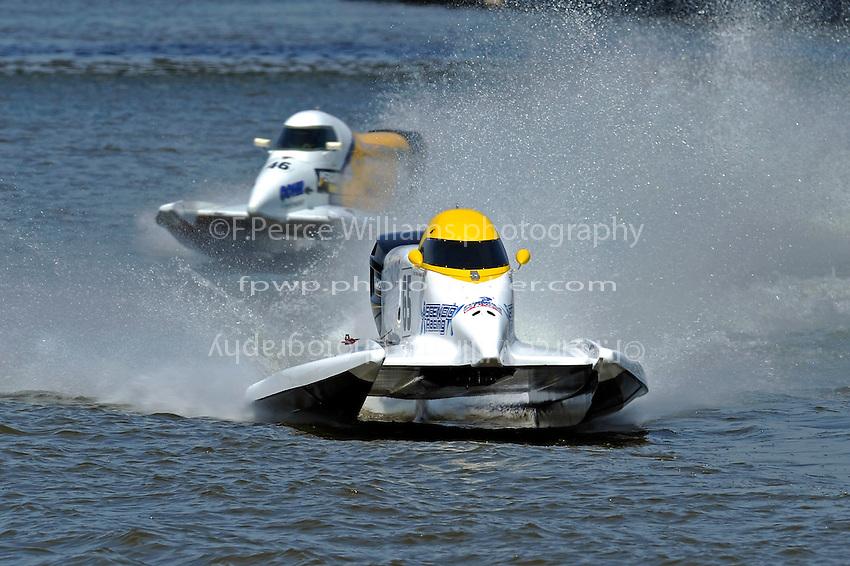 Ruben Ascencio III (#65) leads Kris Shepard, (#46) (SST-120 class)