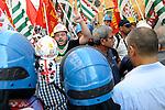 Lavoratori ex Alcoa manifestano a Roma