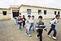 Irak 2000. Sortie de classes a Levo, un village pres de Zakho.    Iraq 2000.  After school in Levo, a village near Zakho.