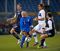 Goalkeeper Tim Howard  (l, USA), during the friendly match Italy against USA at the Stadium Luigi Ferraris at Genoa Italy on february the 29th, 2012.