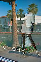 El Paseo Drive, Palm Desert, CA, Boutiques; famous; retailers; fashion; haute couture; shopping; Mannequins; near Palm Springs; Palm Trees; California; Coachella Valley; Desert;