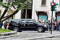 Roma 27 Marzo 2014<br /> Il corteo  di auto che porta  il presidente americano Barack Obama  al Palazzo del Quirinale per un incontro ufficiale con il Presidente della Repubblica Italiana Giorgio Napolitano.<br /> Rome  March 27, 2014<br /> US President Barack Obama Meets Italian President Giorgio Napolitano<br /> The motorcade carrying U.S. President Barack Obama arrives at Quirinal Palace for an official meeting with Italian President Giorgio Napolitano