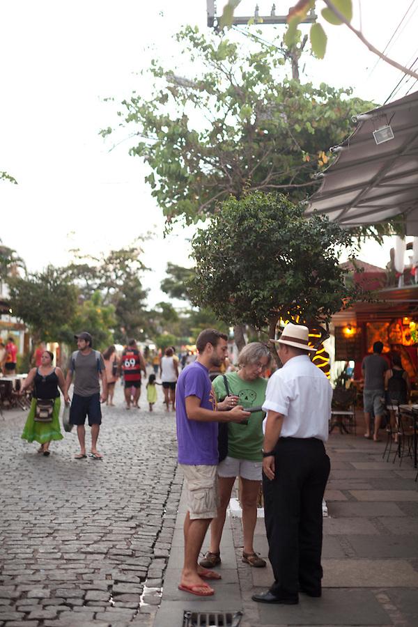 Shopping and dining along Rua das Pedras, Buzios