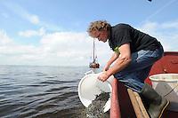 Uitzetten Glasaal Tjeukemeer 210514