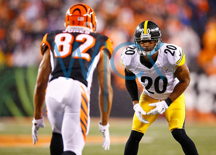 Will Allen #20 of the Pittsburgh Steelers in action against the Cincinnati Bengals during the Wild Card playoff game at Paul Brown Stadium on January 9, 2016 in Cincinnati, Ohio. (Photo by Jared Wickerham/DKPittsburghSports)