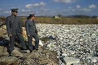 Durante il controllo del fiume Volturno, è stata scoperta una discarica di polistirolo..During the monitoring of the river Volturno, was discovered in a landfill polystyrene....