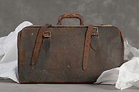 Willard Suitcases / Fenton W / ©2014 Jon Crispin