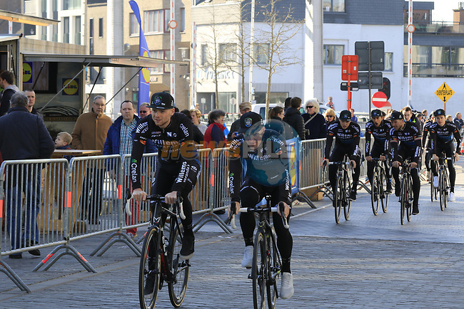 Veranda's Willems-Crelan team arrive to sign on before the start of Gent-Wevelgem in Flanders Fields 2017, running 249km from Denieze to Wevelgem, Flanders, Belgium. 26th March 2017.<br /> Picture: Eoin Clarke | Cyclefile<br /> <br /> <br /> All photos usage must carry mandatory copyright credit (&copy; Cyclefile | Eoin Clarke)