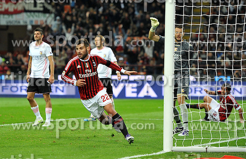 15.10.2011, Giuseppe-Meazza-Stadion, Mailand, ITA, Serie A, AC Mailand vs US Palermo, im Bild ESULTANZA DOPO IL GOL DI ANTONIO NOCERINO (Milan) GOAL CELEBRATION. // during Serie A football match between AC Mailand and US Palermo at Giuseppe Meazza Stadium, Milan, Italy on 15/10/2011. EXPA Pictures © 2011, PhotoCredit: EXPA/ InsideFoto/ Alessandro Sabattini +++++ ATTENTION - FOR AUSTRIA/(AUT), SLOVENIA/(SLO), SERBIA/(SRB), CROATIA/(CRO), SWISS/(SUI) and SWEDEN/(SWE) CLIENT ONLY +++++