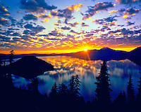 Crater Lake & Wizard Island at Dawn, Crater lake National Park, Cascade Range, Oregon