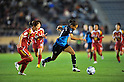 (L to R) Junko Kai (Leonessa), Rachel Yankey (Arsenal), NOVEMBER 30, 2011 - Football / Soccer : TOYOTA Vitz Cup during Frendiy Women's Football match INAC Kobe Leonessa 1-1 Arsenal Ladies FC at National Stadium in Tokyo, Japan. (Photo by Jun Tsukida/AFLO SPORT) [0003]