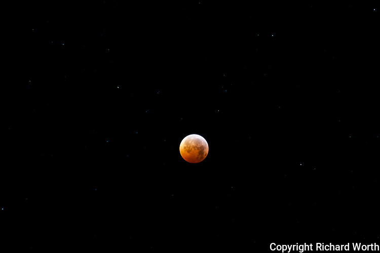 The last lunar eclipse of 2010 drew extra attention by coinciding with the winter solstice.