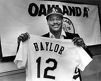 Don Baylor resigns with the Oakland A's 1988<br />