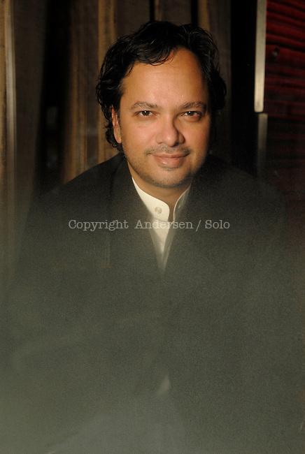 Vikram Chandra, Indian writer in 2007.