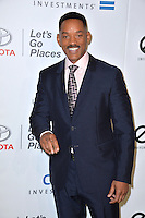 BURBANK, CA. October 22, 2016: Will Smith at the 26th Annual Environmental Media Awards at Warner Bros. Studios, Burbank.<br /> Picture: Paul Smith/Featureflash/SilverHub 0208 004 5359/ 07711 972644 Editors@silverhubmedia.com