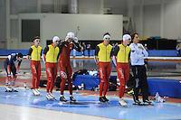 SCHAATSEN: SALT LAKE CITY: Utah Olympic Oval, 12-11-2013, Essent ISU World Cup, training, Ewen Fernandez (FRA), Maarten Swings (BEL), Wannes van Praet (BEL), Ferre Spruyt (BEL), Bart Swings (BEL), Bart Veldkamp (trainer/coach Team Stressless), ©foto Martin de Jong