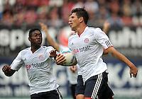 FUSSBALL   1. BUNDESLIGA  SAISON 2011/2012   4. Spieltag 1. FC Kaiserslautern - FC Bayern Muenchen         27.08.2011 JUBEL nach dem TOR zum 0:1 Mario Gomez , David Alaba (v. li., FC Bayern Muenchen)