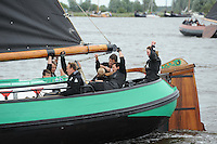 SKUTSJESILEN: GROU: SKS skûtsjesilen, Friese Sporten, 30-07-2011, Fryslân, De Sneker Pan, schipper Douwe Jsz Visser, adviseur Marije Faber, ©foto Martin de Jong..