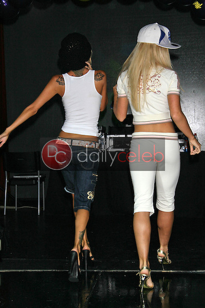 Jenna Jameson and Kendra Wilkinson<br />