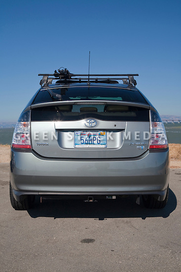 rear view of 56 miles per gallon toyota prius with. Black Bedroom Furniture Sets. Home Design Ideas