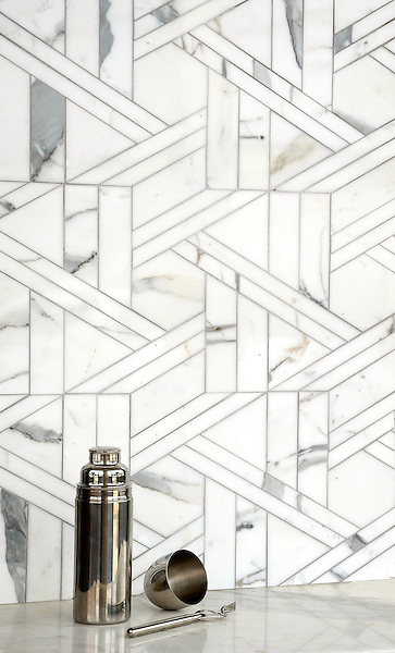Hector Grand, a stone waterjet mosaic, shown in Calacatta Tia honed, is part of The Studio Line of Ready to Ship mosaics.