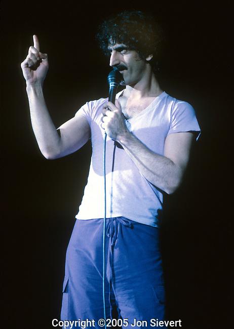 Frank Zappa, Dec 1981, Berkeley Community Theater