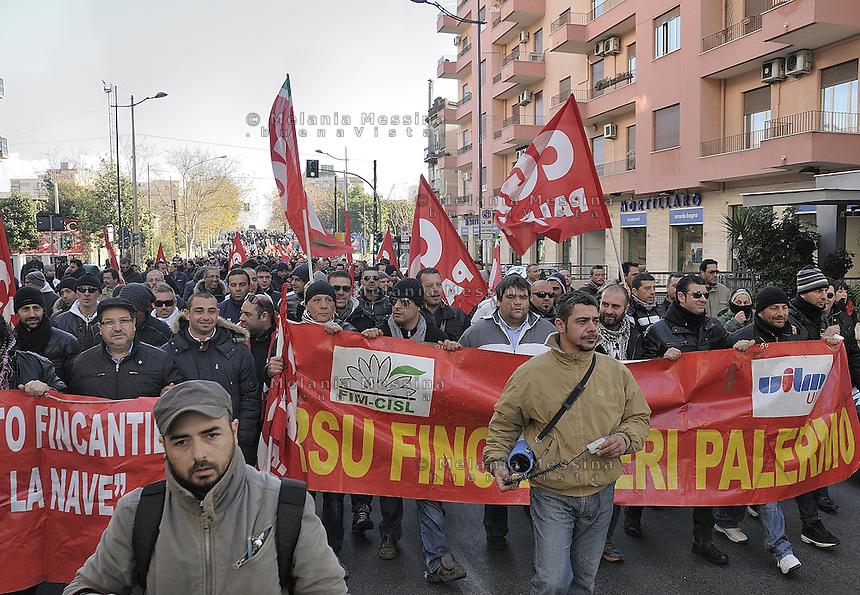 strike and protest of Fincantieri shipyards workers against dismissal of workers..lotta degli operai della Fincantieri di Palermo contro i licenziamenti  e cassa integrazione previsti.
